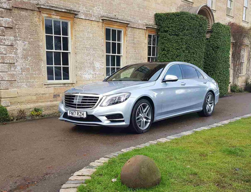 Book a Chauffeur for a Private Tour of Bath